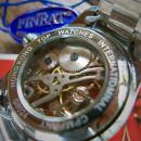 高性能激安腕時計。